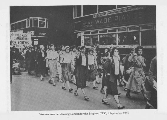women marching 1933